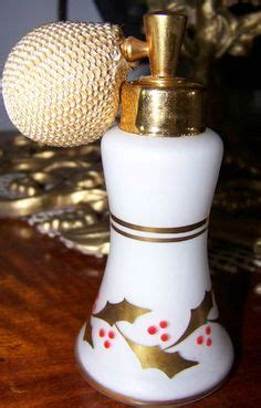 perfume bottle with holly 1000 images about atomizers on perfume atomizer perfume bottles and vintage