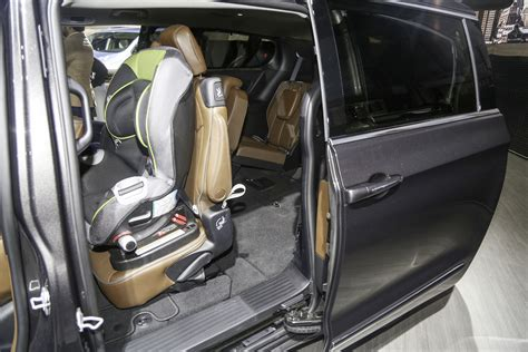 chrysler car interior af 2017 minivan chrysler pacifica it s official page