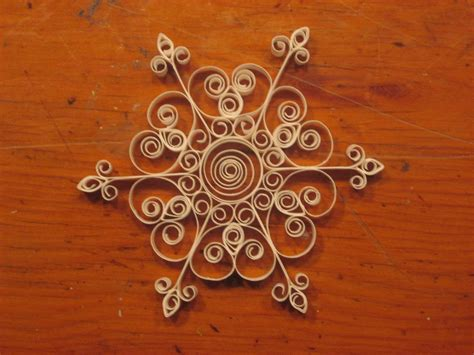 quilled christmas ornament patterns fugue salad quilled snowflakes