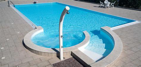 doccia solare docce solari ecologiche per giardino piscine castiglione