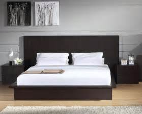 Modern platform bed casual cottage