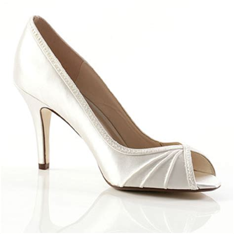 elegant comfortable shoes be elegant and feel comfortable with your low heel bridal