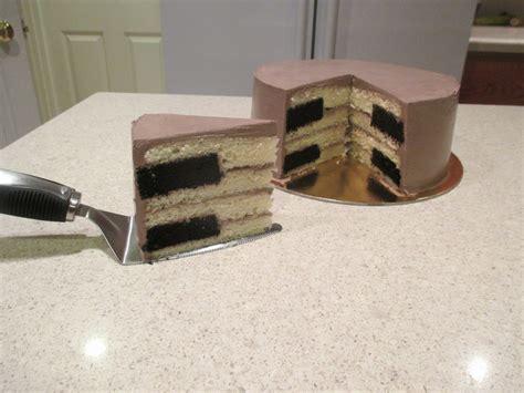 keyboard cake tutorial piano key cake cakecentral com