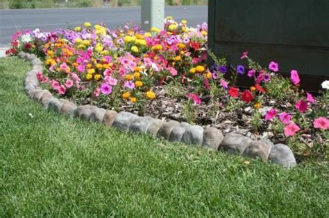 home depot flower bed edging home depot landecor overlapping rock edger 2 98 each