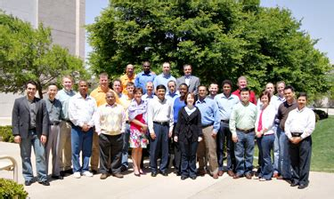 Ut Dallas Executive Mba by Executive Mba Class Invests In Management School S Future