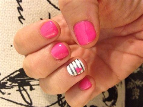 Gel Wanna Be Grey Brown 1 pink shellac nails with accent nail white gray stripes