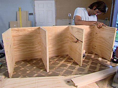 tomboy tools   build  rolling storage bench