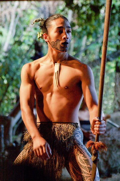 file young maori man dancing jpg wikimedia commons