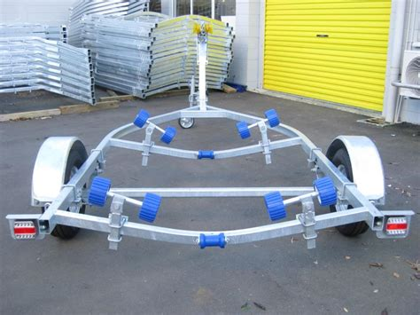 boat trailer rollers nz 2 550 boat trailer ax470r for 13 15ft aakronxpress