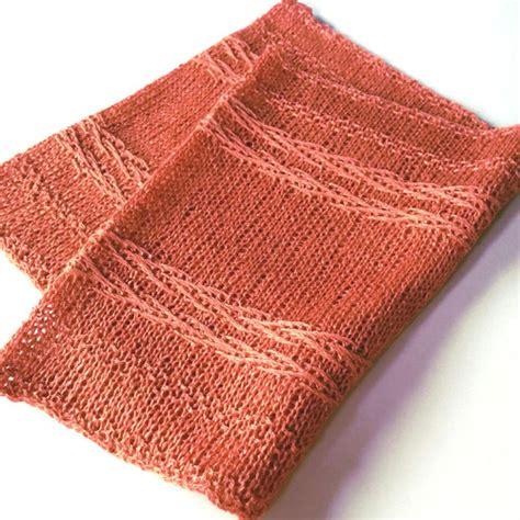 chevron infinity scarf knitting pattern chevron delight infinity scarf allfreeknitting