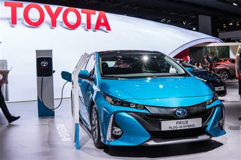 toyota zero emission vehicle toyota targets surge in zero emission vehicle sales