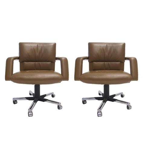 Mario Bellini For Vitra Leather Swivel And Tilt Executive Leather Desk Chairs Swivel