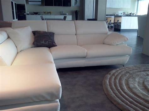 divano ad l divano exc 242 divano in pelle ad angolo divani a prezzi