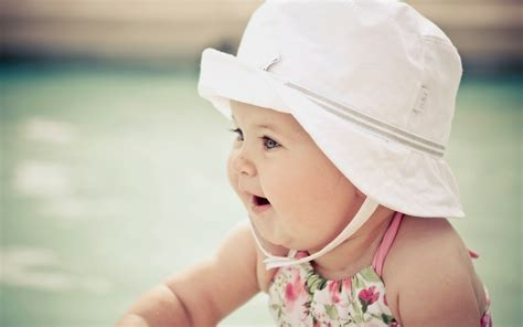 wallpaper cute girl download beautiful cute baby wallpapers most beautiful places in