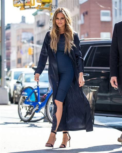 celebrity pregnant styles the 20 best celebrity pregnancy style moments of the year
