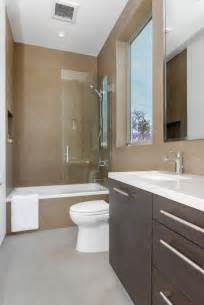 Small bathroom 8 stunning narrow bathroom design ideas home design