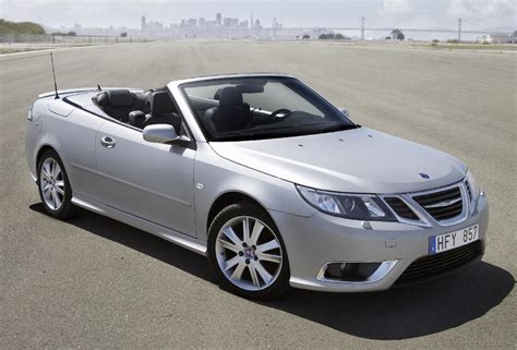 gm 2004 11 saab 9 3 convertibles recalled 28 789 for