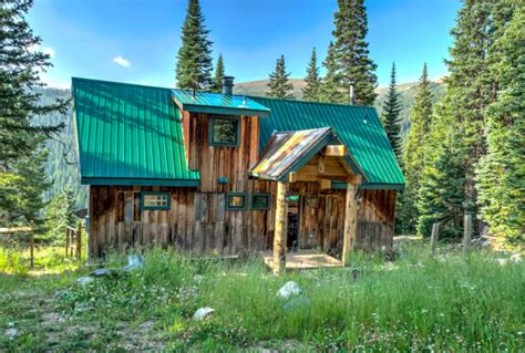 airbnb cabins colorado 11 luxury colorado cabins you can rent for cheap on airbnb