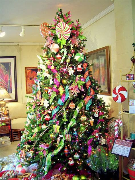 christmas tree decorating contest ideas 62 best decorating contest land images on 25th anniversary house and