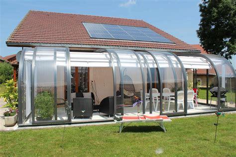 veranda amovibile abri de terrasse mod 232 le saphir au galbe arrondi la solar