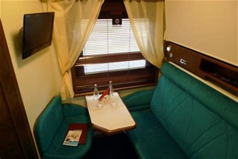 Eurostar Sleeper Cabins by How To Travel By From To Moscow St Petersburg