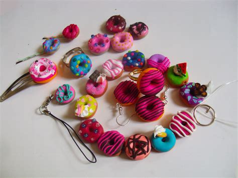 fimo clay fimo clay donouts accessoires deco by nakito chan on