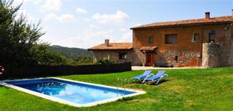 casas rurales con piscina y piscina climatizada barcelona