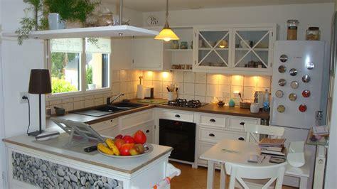 cuisine r馗up d 233 co cuisine blanc et bois