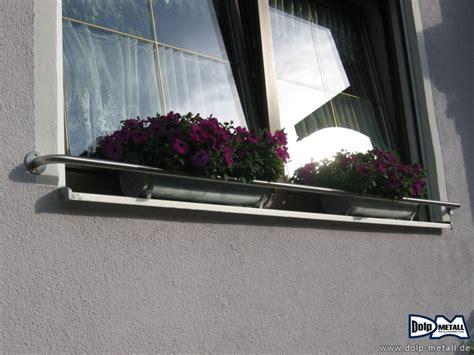 Metall Fensterbank Lackieren by Blumenkasten Absturzsicherung Blumenkasten