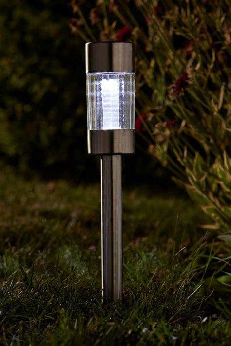 Solar Flare Lights Smart Solar Flare Solar Stake Light 5 Pack At Barnitts
