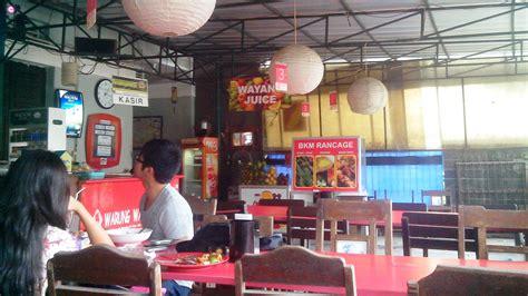 Indomie Mie Kocok Bandung 5 tempat dengan menu mie instan yang unik travelog