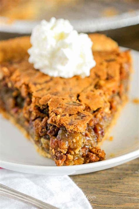 easy pecan pie recipe  corn syrup spend  pennies