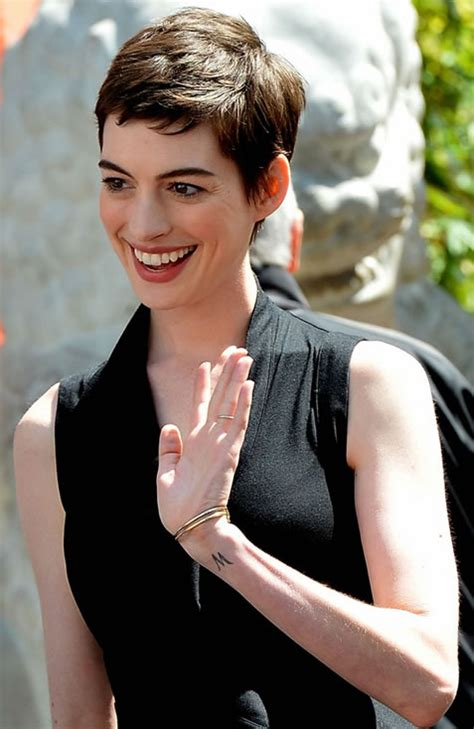 anne hathaway tattoo pics photos of her tattoos