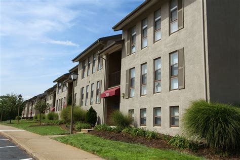 one bedroom apartments fredericksburg va the commons at cowan boulevard fredericksburg va