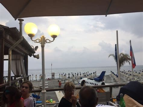 Bagni Florida Loano by Ristorante Pizzeria Nonna Angela Presso Bagni Florida