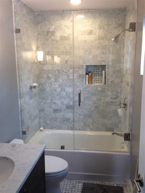 small bathroom designs with shower and tub small