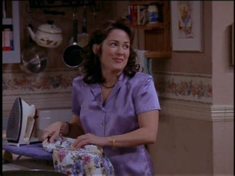 picture patricia heaton in first episode of everybody loves raymond quot everybody loves raymond quot how they met tv episode 1999