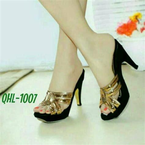 Sepatu Vans Model A 78 sandal heels pesta gold cantik sepatu wanita