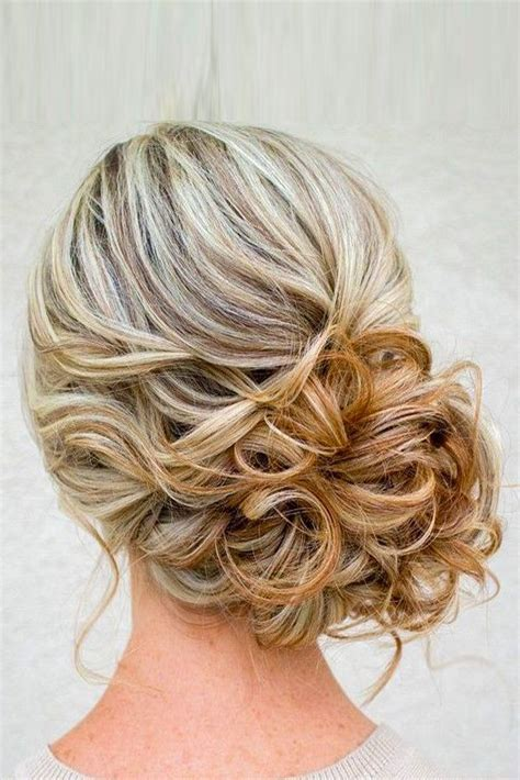 Wedding Hairstyles Bun Updo by The Lazy S Guide To Easy Bun Hair Ideas A