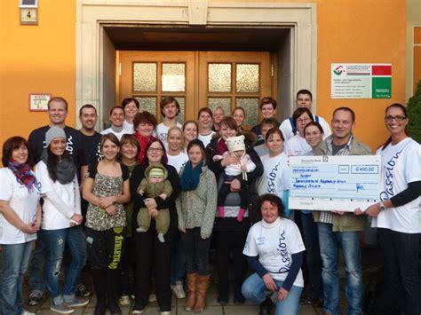 bank magdeburg deutsche bank mitarbeiter unterst 252 tzen das kinder und