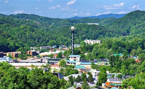 Cabins Downtown Gatlinburg Tn by 4 Tips For Your Summer Vacation At Our Gatlinburg