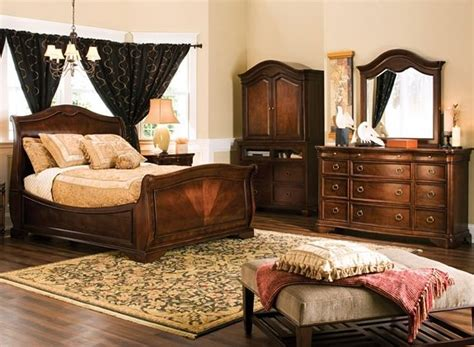 raymour and flanigan bedroom furniture heritage court 4 pc king bedroom set bedroom sets