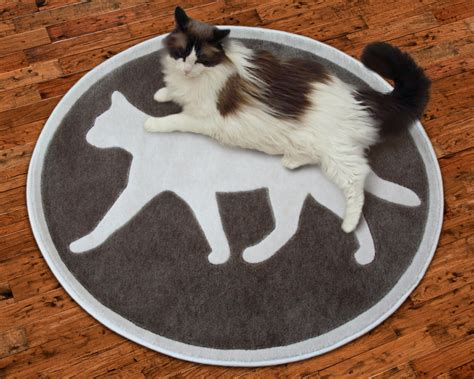 petrugs introduces new area rugs with a feline theme