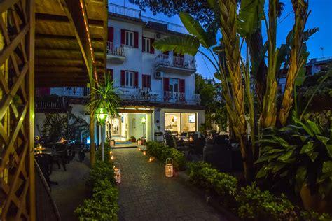 hotel ischia porto 2 stelle charme hotel la hotel villa tina ischia porto hotel 3
