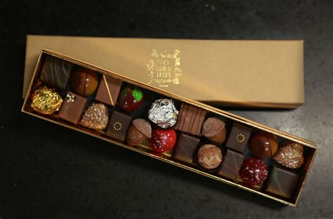 Handmade Chocolate Boxes - bespoke handmade chocolate box coal river farm