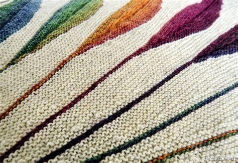 dreambird knitting pattern dreambird shawl progress canadutch