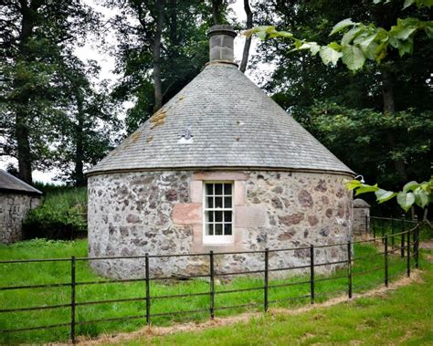 one bedroom cottage to rent 1 bedroom cottage to rent in the round house symington nr biggar ml12 6lw ml12