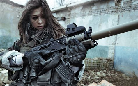 wallpaper girl and gun woman with gun girl with gun wallpapers pictures photos