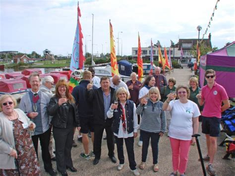 dragon boat new bradwell east anglian dragon boat festival launch for 2015 iceni