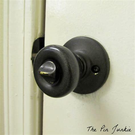 spray painted door knobs